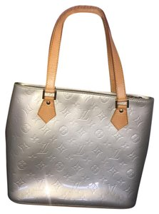 Louis Vuitton Tote in Gris Art Deco