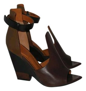 Givenchy Black Gold Tone Leather Brown Black Sandals