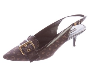 Louis Vuitton Monogram Pointed Toe Brown, Gold Pumps