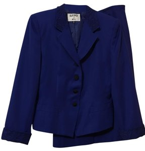Kasper Vintage Blue Kasper Skirt Suit w/Black Tooling Collar Cuff Accent 14