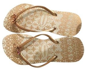 Havaianas Beach Flower White/Gold Sandals