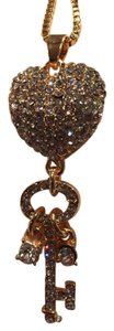 Betsey Johnson Long suetter necklace