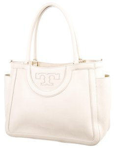 Tory Burch Textured Amanda Gold Hardware Shoulder Bag