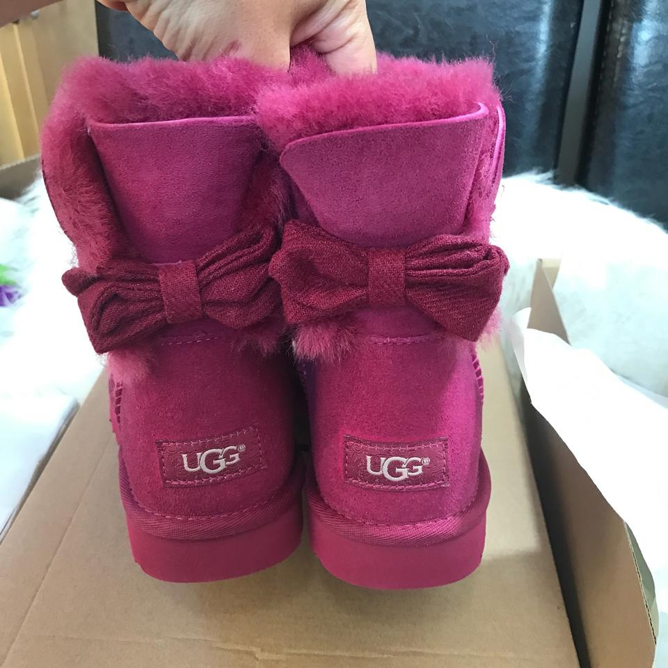 9d263b49329 UGG Australia Mini Brigette Bow Limited Edition New Boots/Booties Size US 9  Regular (M, B) 47% off retail