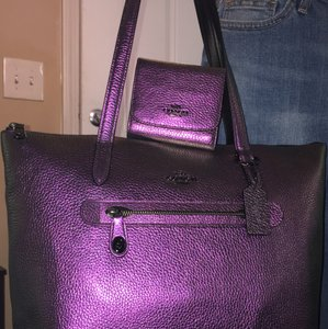 Coach Tote in Irridescent Hologram