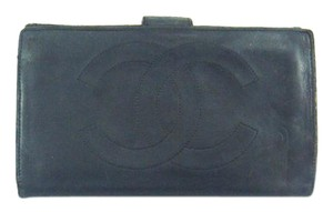 Chanel Black Calf Leather Long Bifold Wallet w/ Snap Closure France