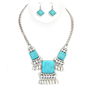 Unknown Vintage Howlite Turquoise Silver Chain Crystal Accent Necklace and Earring Set