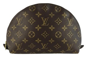 Louis Vuitton Lousi Monogram Clutch