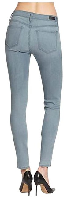 Item - Light Wash Stretch Mid-rise Skinny Jeans Size 28 (4, S)