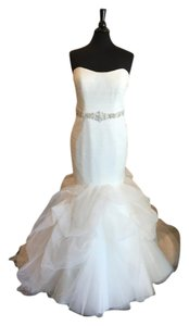 Allure Bridals Ivory English Net/Tulle 9317 Modern Wedding Dress Size 10 (M)