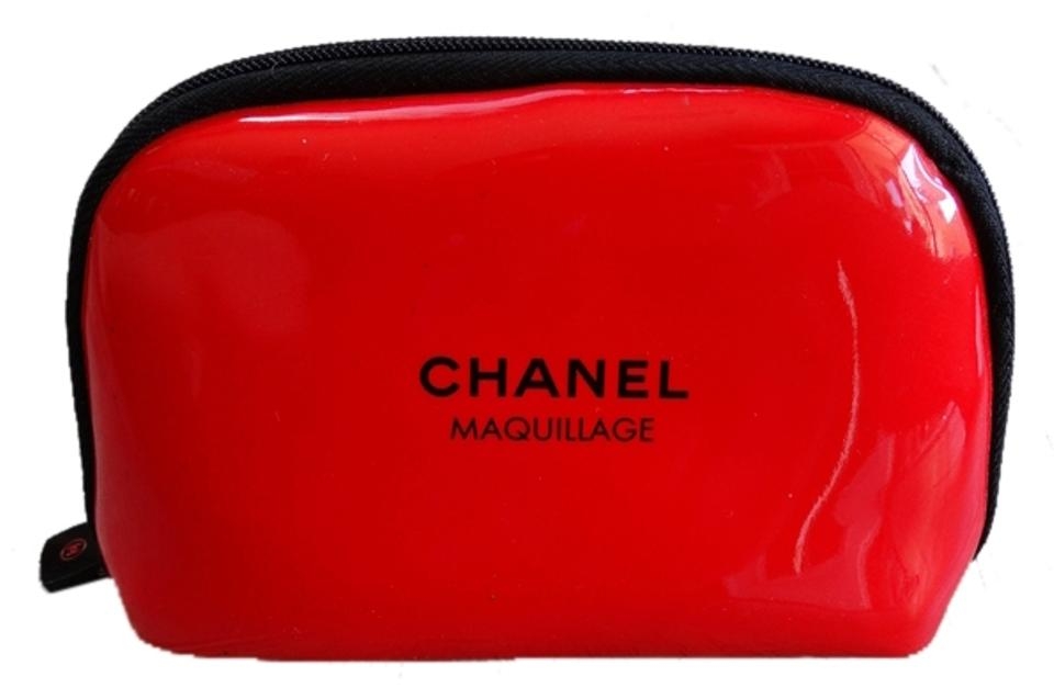 09234acbdb40 Chanel Maquillage Red Cosmetic Bag Small Image 0