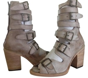 Freebird Sandals Up To 90 Off At Tradesy
