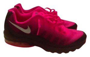 Nike Invigor Air Max Pink Women Pink Black Athletic