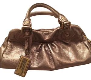 Marc by Marc Jacobs Satchel in Gold