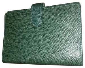 Louis Vuitton Authentic Louis Vuitton Green Epi Agenda