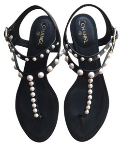 Chanel Peal black Sandals