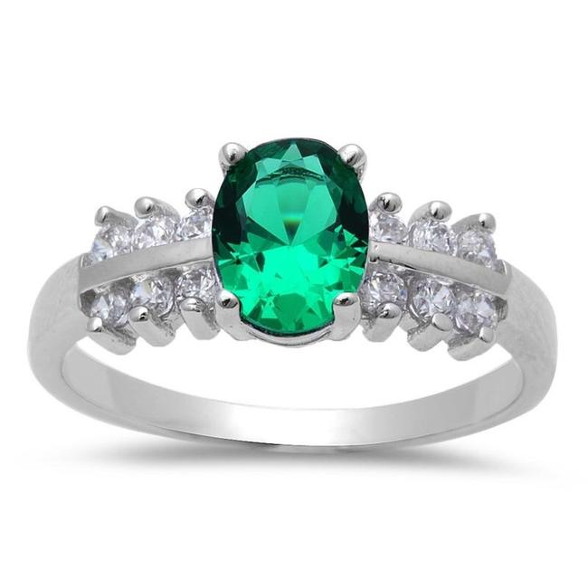 Item - Green Stunning Emerald White Sapphire Princess Cocktail Size 7 Ring