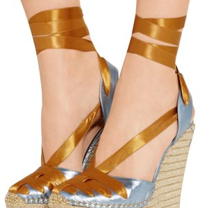 Gucci Baby Blue/Gold Wedges