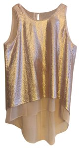 BCBGMAXAZRIA Top Metallic Pink