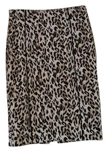 White House | Black Market Skirt Leopard