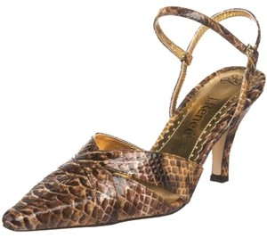 J. Renee Camel Pumps