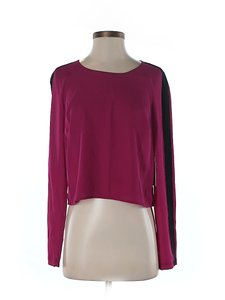1.STATE Cropped Longsleeve Top