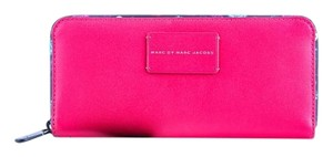 Marc Jacobs * Marc Jacobs Ditsy Flower Slim Zip Around Wallet