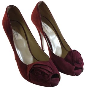 Valentino Deep red Pumps