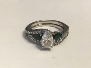 Custom Engagement Ring And Wedding Band Set