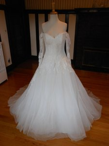 Pronovias Ivory Lace Bespin Destination Wedding Dress Size 18 (XL, Plus 0x)