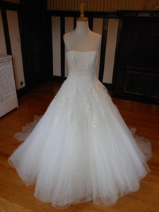 Pronovias Milenium Wedding Dress
