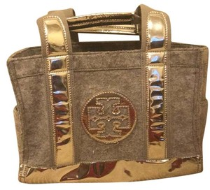 Tory Burch Tote in Grey And Sulver Matallic