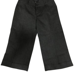 Banana Republic Capri/Cropped Pants Charcoal