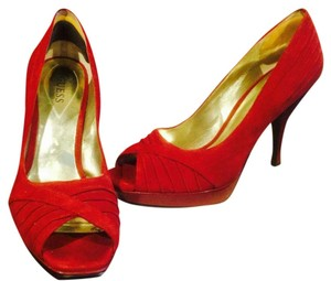 Guess Wine ruby red Platforms