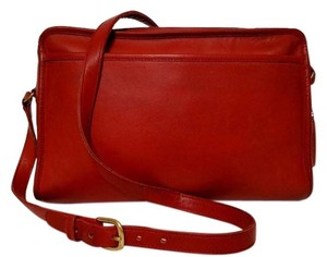 Coach Vintage Swagger Cross Body Red Messenger Bag