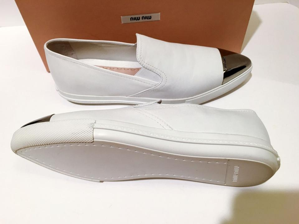 White Miu Sneaker Miu Slip Skate On Cap Sneakers Metal Toe 75qqwY