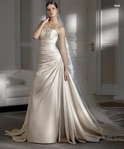 Pronovias Haiti Wedding Dress