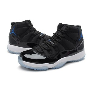 Air Jordan Nike Adidas Basketball Sport Outdoor Black & Blue Athletic