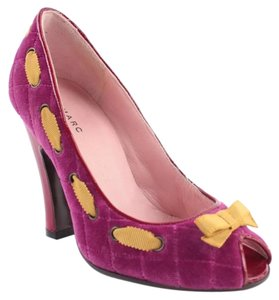 Marc by Marc Jacobs Magenta, yellow Pumps
