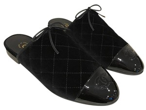 Chanel Velvet Quilted Mule black Flats