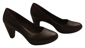 Easy Spirit Charcoal Pumps