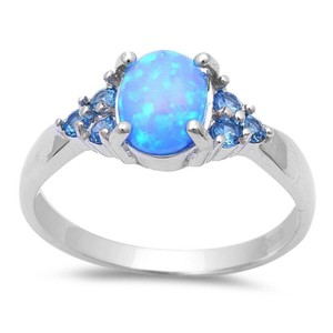 9.2.5 Gorgeous blue opal and blue topaz cocktail ring size 7
