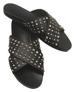 Gucci Black with gold studs Sandals