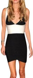 Hervé Leger Bandage Bondage Monochrome Colorblock Sexy Nicky Hilton Paris Celebrity Dress