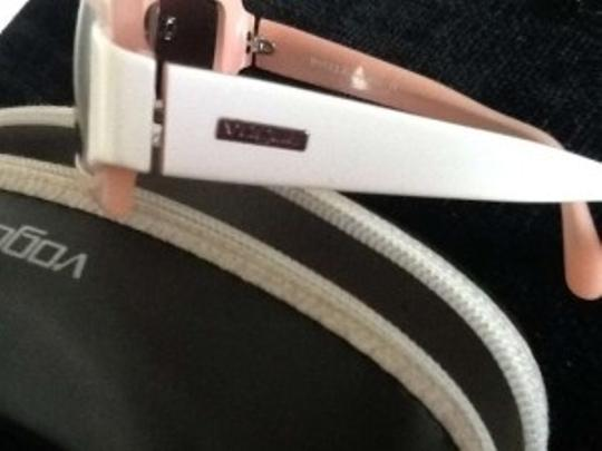 Vogue Vogue soft pink and off white stylish and chic sunglasses