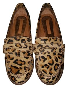 Calvin Klein Calf Hair Penny Loafer Loafer Leopard print Flats