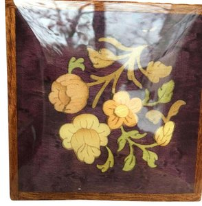 CAPRI ARTIST ROSE LACQUER WOODEN BOX WITH INLAID MULTI-COLOR DESIGN