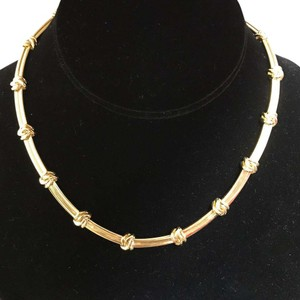 Tiffany & Co. Tiffany And Company Love Knot Link Choker Necklace. 54.7 Grams Of 18 Karat Yellow Gold.