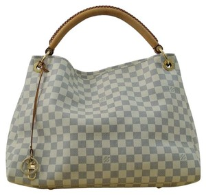Louis Vuitton Damier Artsy Mm Shoulder Bag