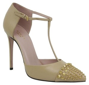 Gucci Beige Leather Studded Pale Camel Pumps